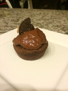 Quest Bar Molten Cupcakes (with Cookie Butter Center)