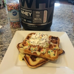 Cor-Fetti Waffles + Meal Preppin' for the Masses