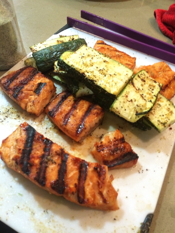 Maple-Sriracha Salmon and Grilled Zucchini (Plus: PrettyFit Box Review!)